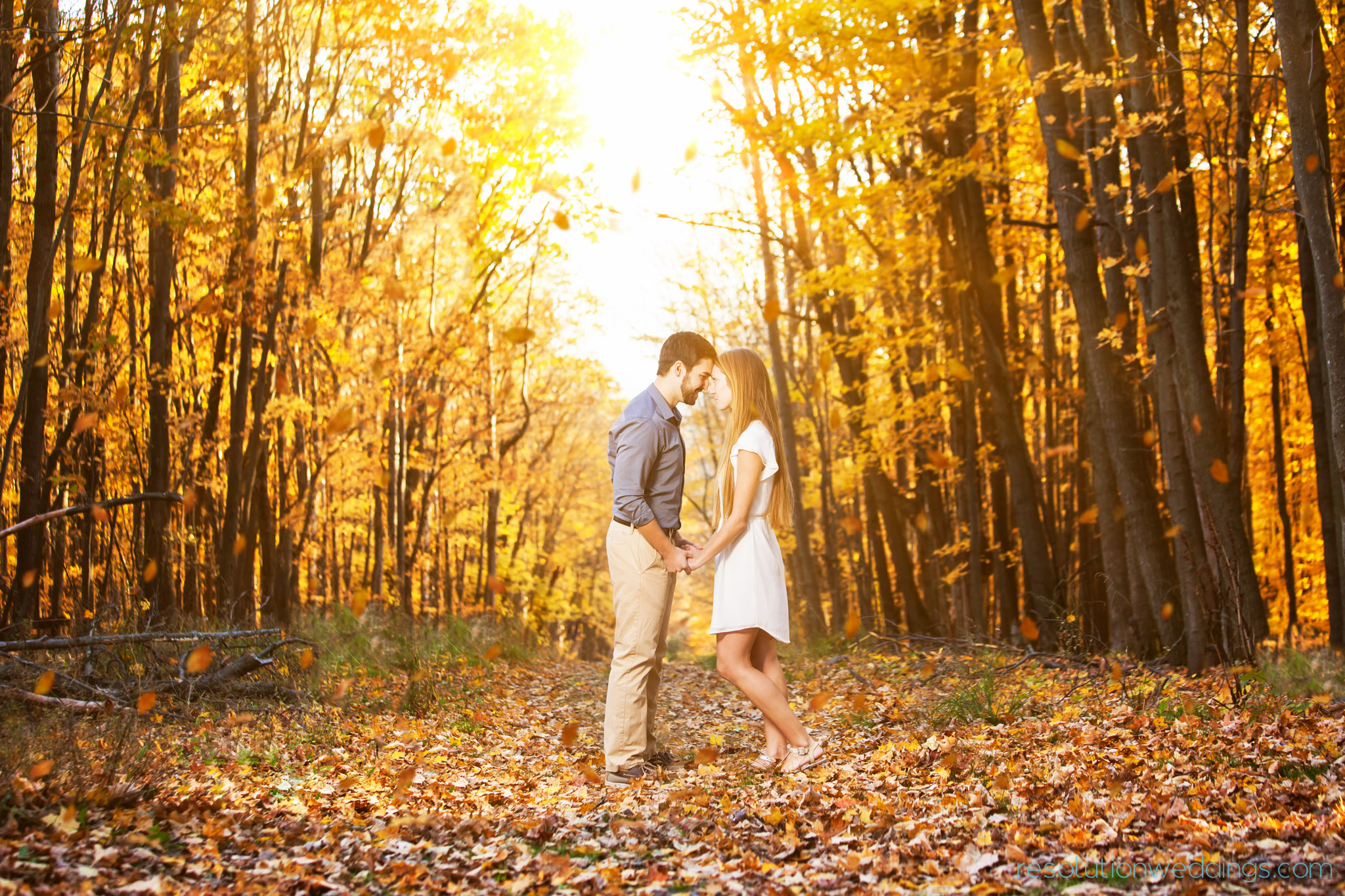 Best Wedding Pictures Green Bay, WI Engagement Photographer | Resolution Photography