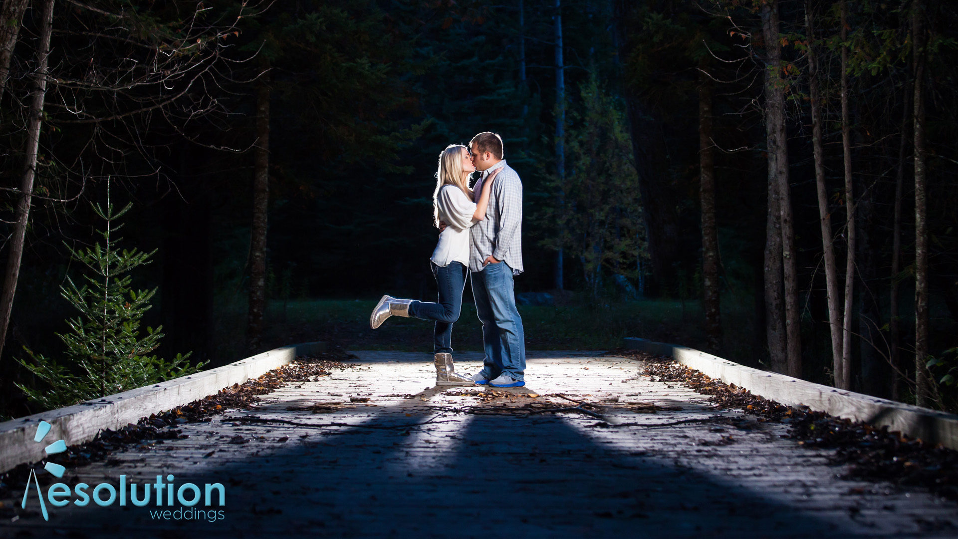 Sarah and Chaz – northwoods engagement photography