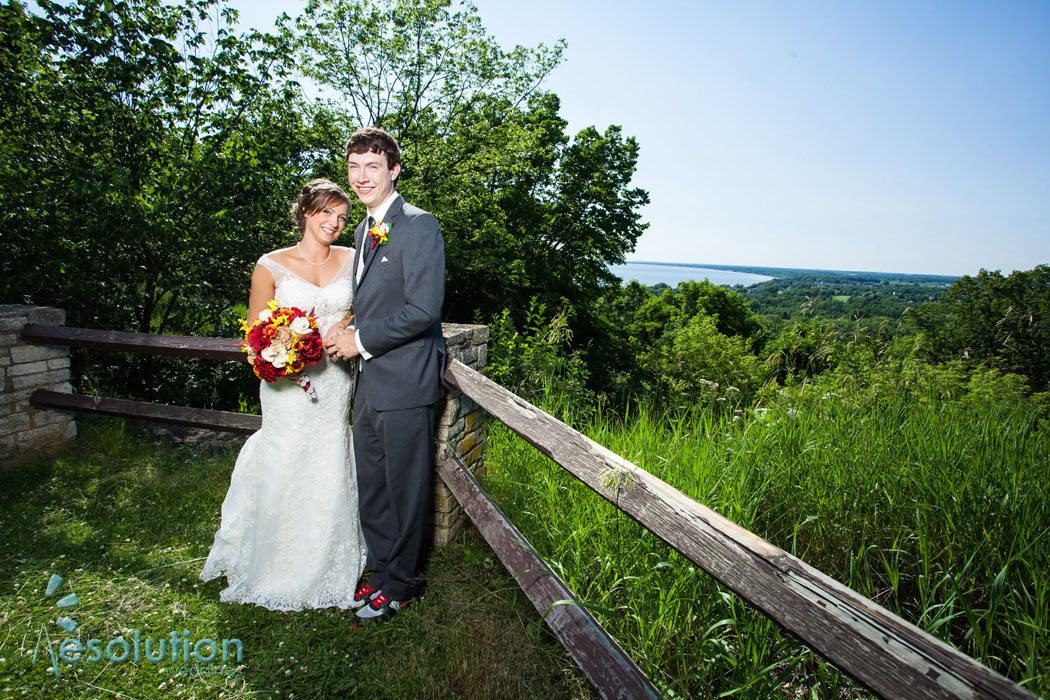 Menasha wedding photographer