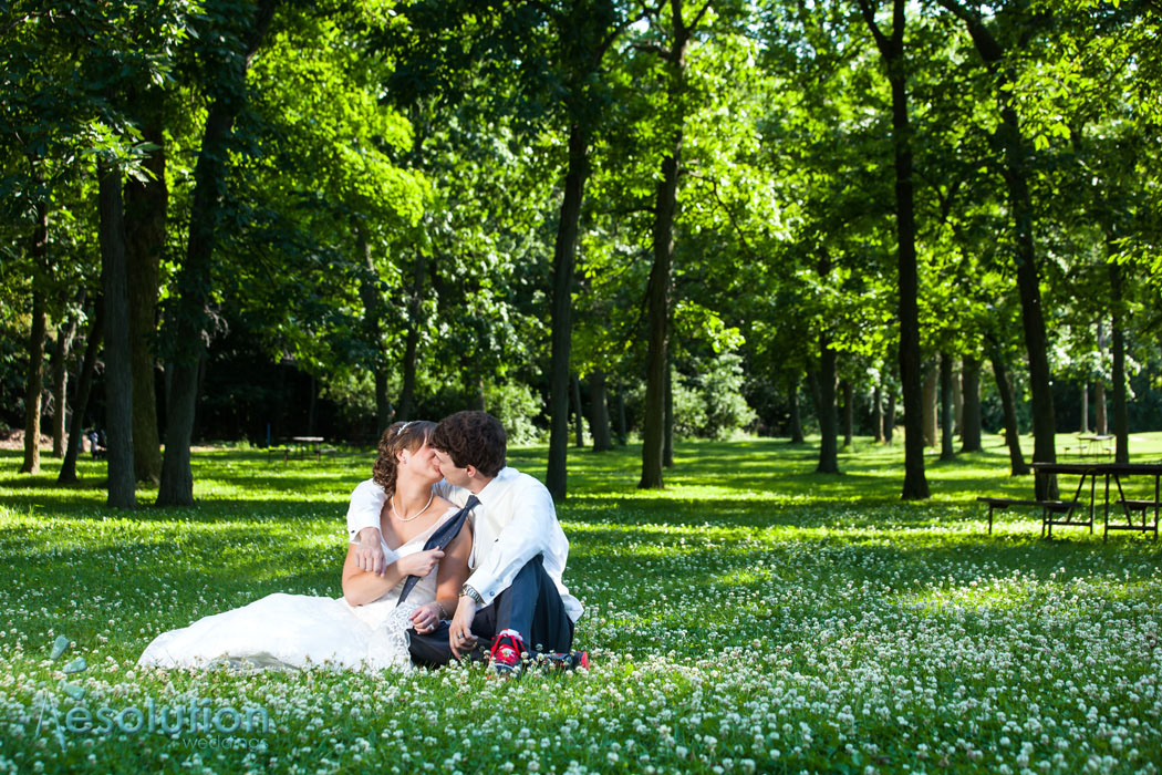 Romantic woods wedding pictures