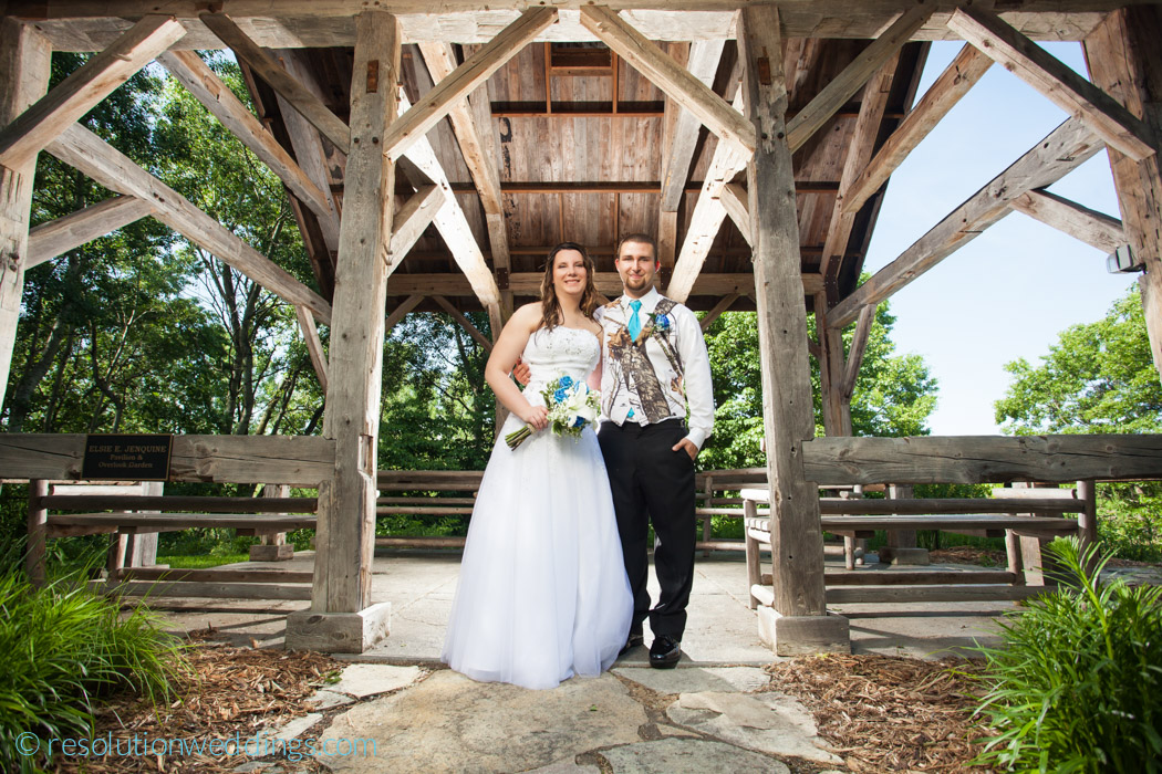 Green bay botanical gardens wedding pictures