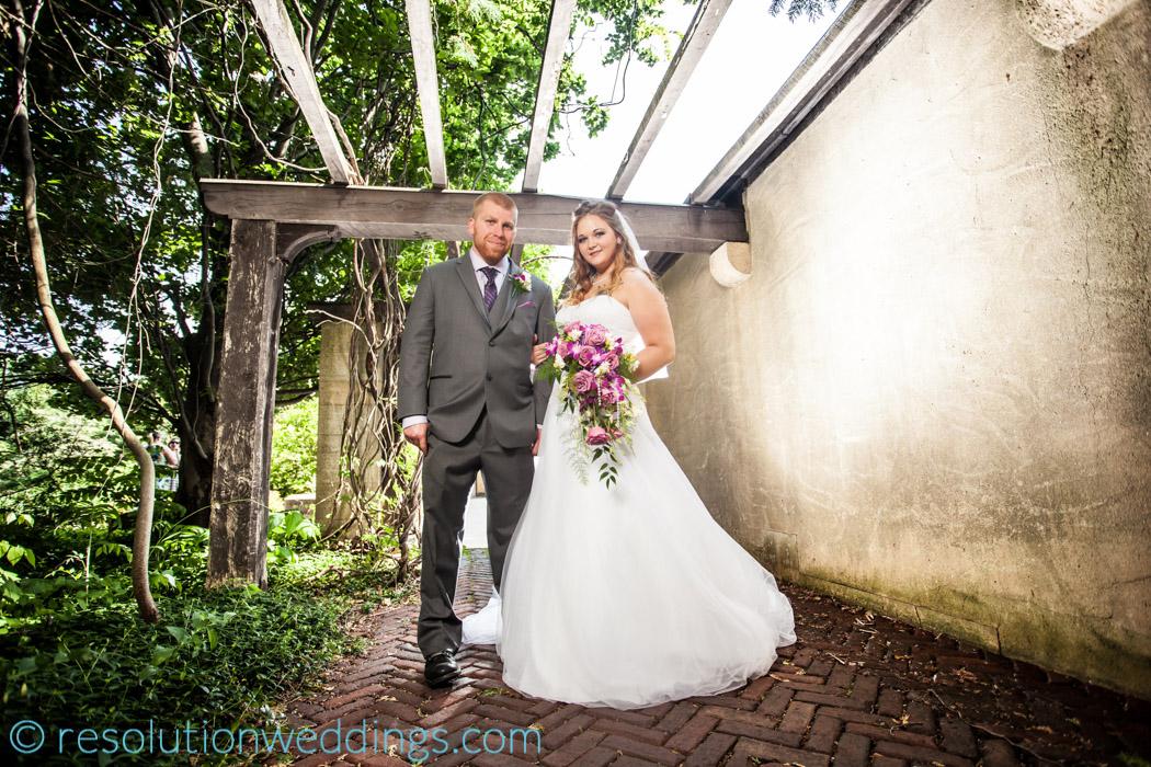 Paine wedding oshkosh photographer (5 of 8)-3