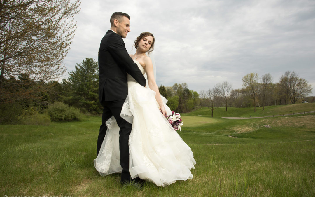 Alex and Kelsey: Green bay wedding pictures!