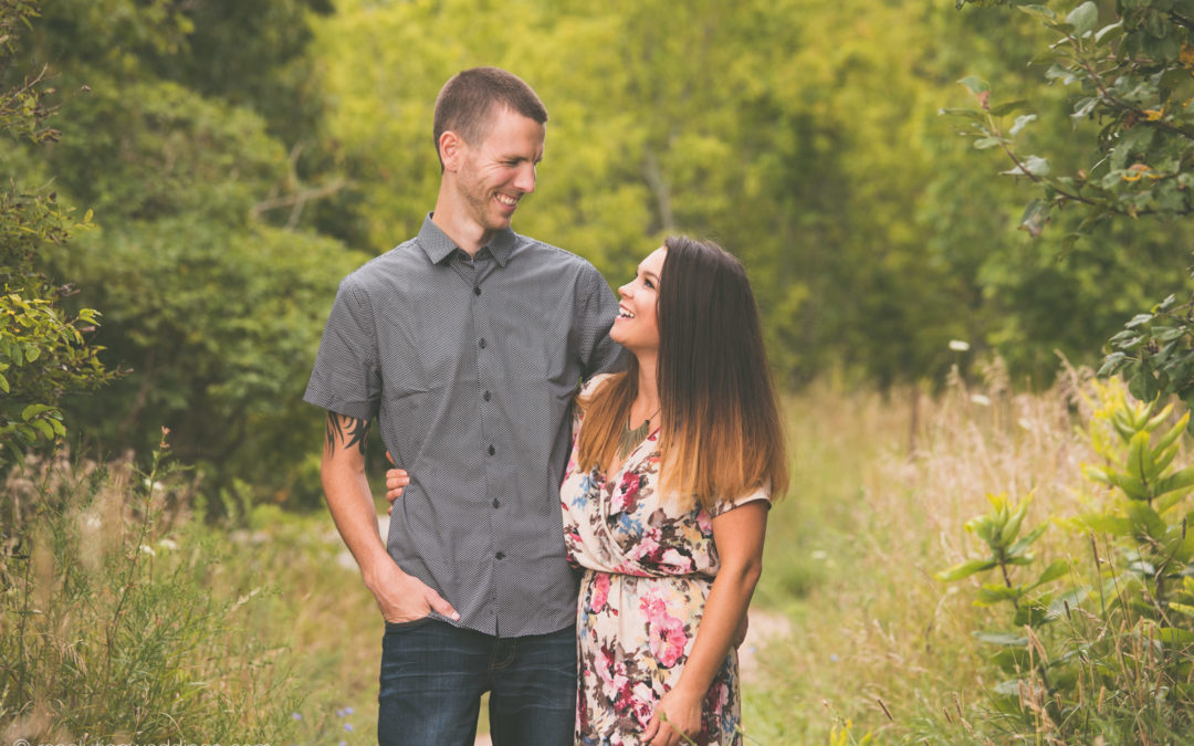 Doug and Ashley – Wisconsin engagement pictures!